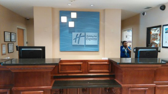 Holiday Inn Express Hotel and Suites Hardeeville-Hilton Head: IMG_20160918_115547_large.jpg