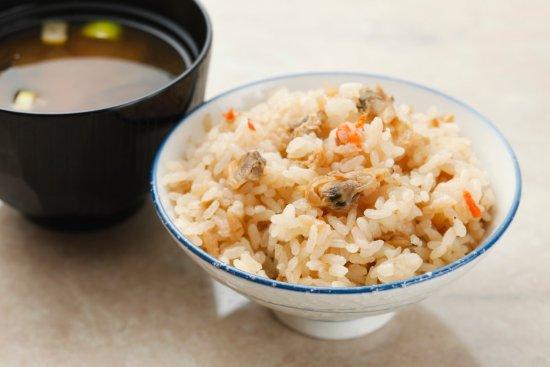 Vessel Inn Ueno Iriya Ekimae : 朝食:深川めし Simmered Clam Rice
