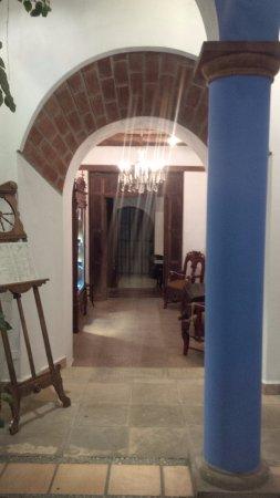 Parador Santa Maria la Real ภาพ