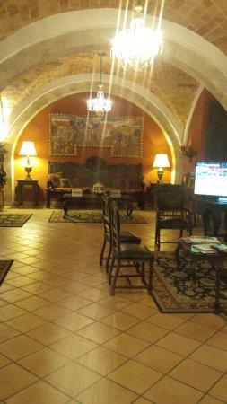 Parador Santa Maria la Real: Lobby