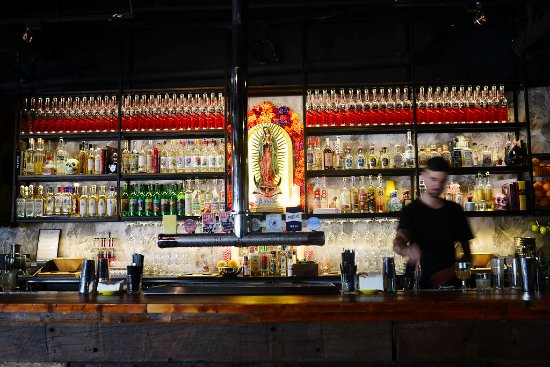 Scarborough, Australien: Mezcal y Tequila bar, El Grotto encourages a new appreciation for tequila.