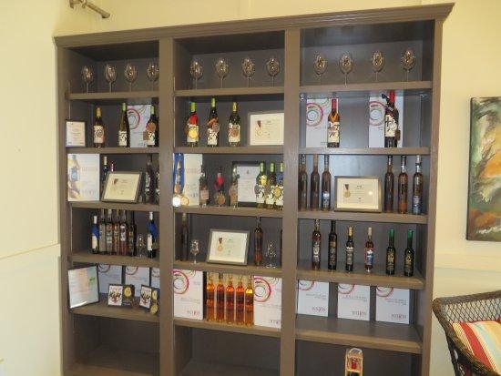 Пентиктон, Канада: Some of there wines and awards