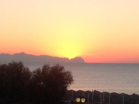 Anemos Beach Lounge Hotel: Sunrise taken from balcony of room 22