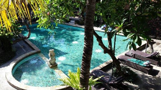 Puri Mesari Hotel & Suites: 20160921_085112_large.jpg