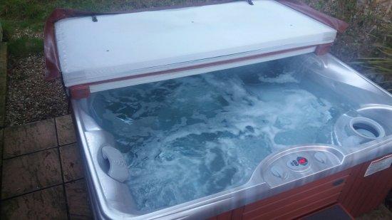 Honiton, UK: Hot tub