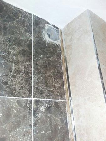 Somany Floor Tiles 2*2