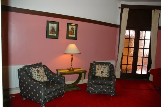 Bundanoon Hotel - Guest Lounge, Southern Highlands NSW