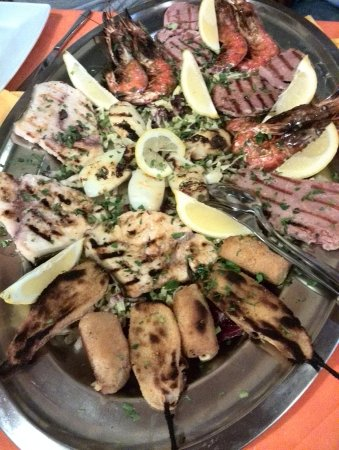 Cogorno, إيطاليا: Grigliata di pesce