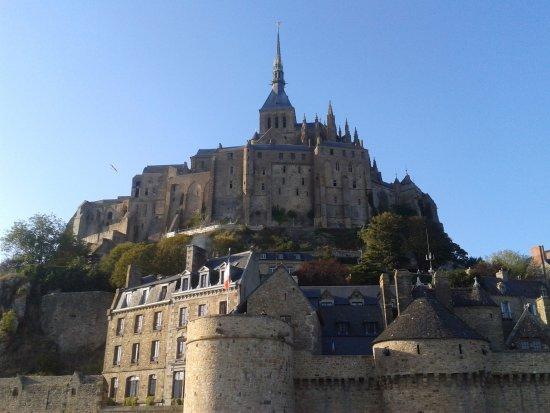 Dol-de-Bretagne, França: A L'Arrivée !