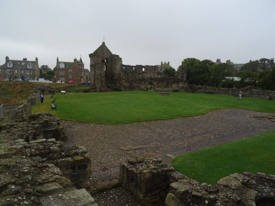 St Andrews Castle: Looking south inside the castle