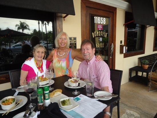 North Palm Beach, FL: Outside with friends