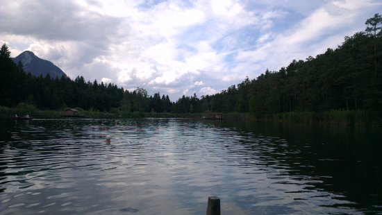 Fie allo Sciliar, Italie : Lago di Fiè