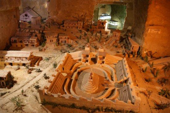 Tarquinia, Italie : il plastico rappresentante la cittadina etrusca