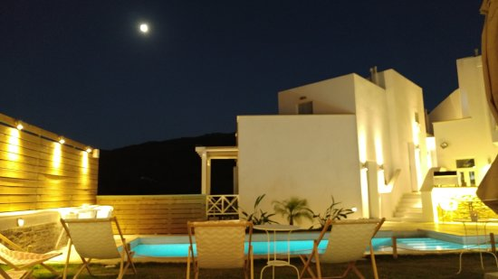 Andros Town, กรีซ: Pool area