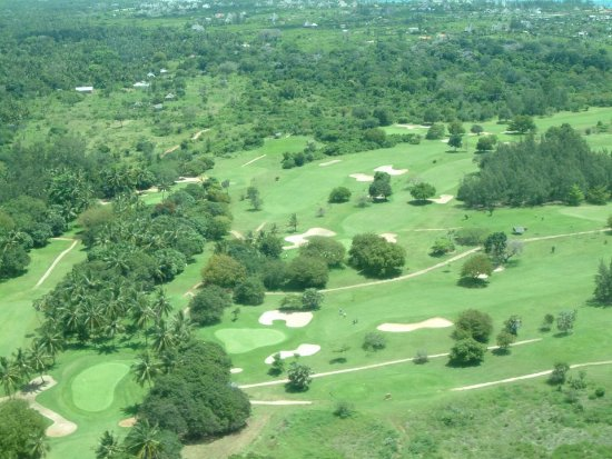 Leisure Lodge Beach and Golf Resort: Aerial view of the golf course