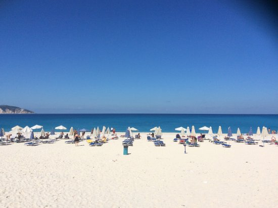 Myrtos Beach: Mrytos Beach. Fabulous location if you don't might a twisting mountain road drive to get down to