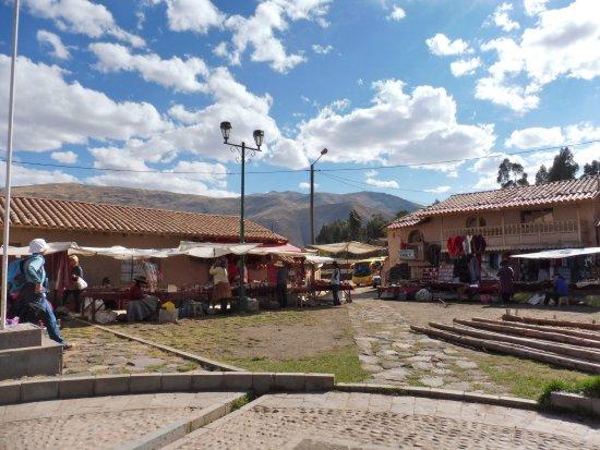 Regio Cuzco, Peru: Raqchi, Perù andino