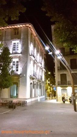 Visitas guiadas Barbastro Somontano Visita Nocturna Verano Coso