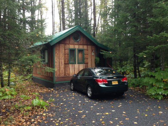 Abode Well Cabins: Private parking