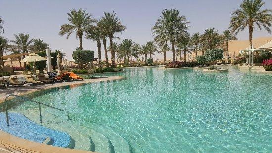 Qasr Al Sarab Desert Resort by Anantara: 20160927_111144_large.jpg