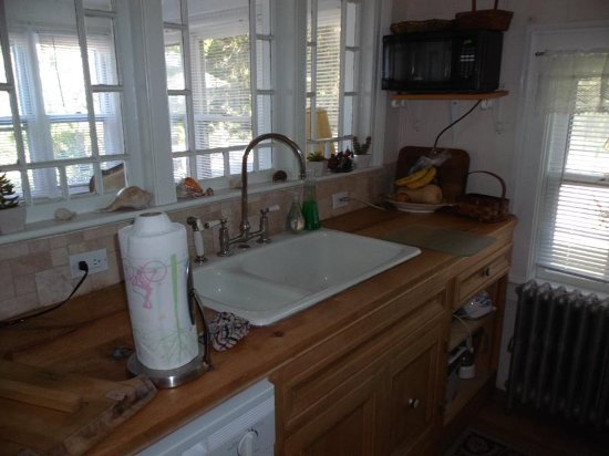 Southold, NY: Full Kitchens