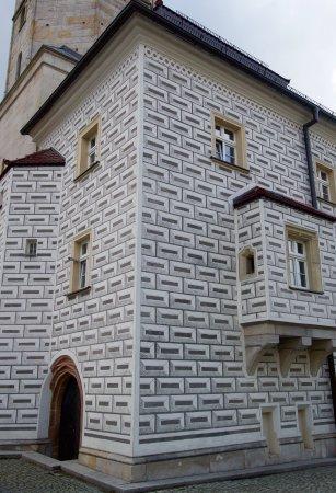 Boleslawiec, Pologne : Sgraffito decoration