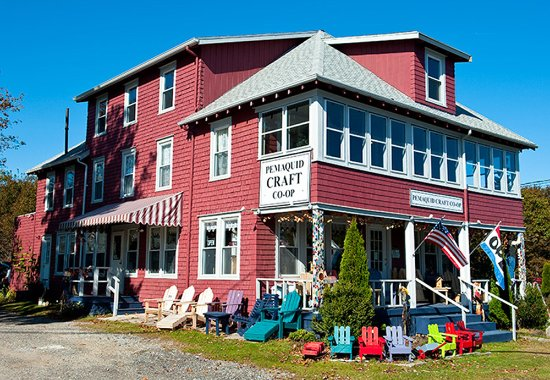 New Harbor, ME: Maine-made crafts and fine art displayed on two floors.