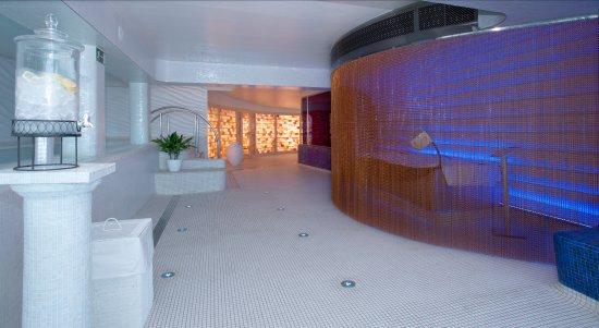 Reina Isabel Hotel: Spa area
