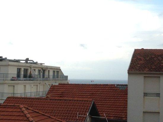 Hotel Oxo : Vistas al mar desde la habitación 302