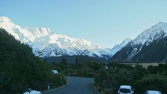 Potret Aoraki Mount Cook Alpine Lodge