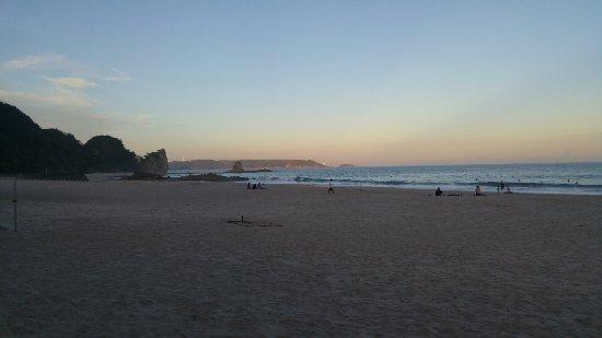 Imaihama Beach: 20160926_171849_large.jpg