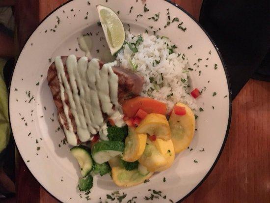 Dinky's Restaurant: photo1.jpg