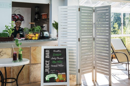 Nottingham Road, Sudáfrica: The Juice Bar in the Indoor pool area