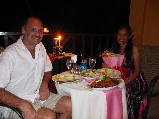 Anda White Beach Resort: Private anniversary dinner!