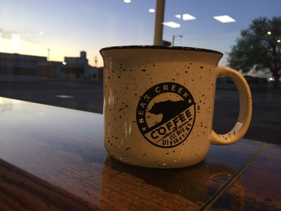 Ulysses, KS: Early morning coffee at Bear Creek watching the sun come up.