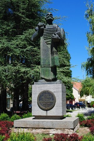 Monument to Ivan Crnojevic
