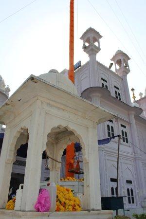 Gurudwara Bir Baba Budha Sahib: White Wonder