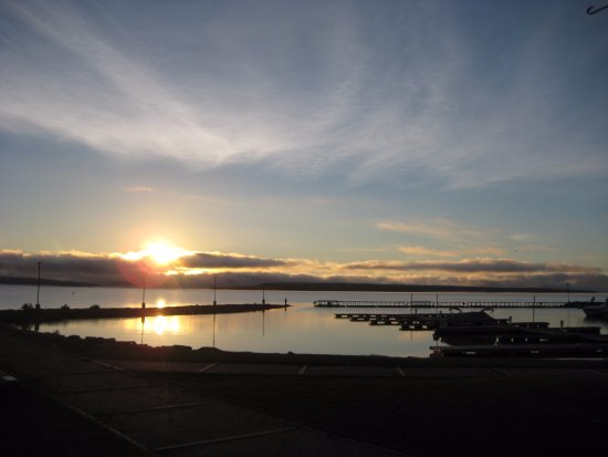 Temiskaming Shores, Canada : Lake Timiskaming in Haileybury sunrise at marina