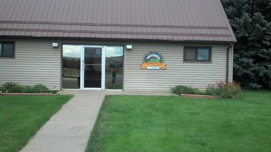 Stop in at the Thermopolis-Hot Springs Chamber of Commerce to get information on Thermopolis.