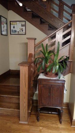 Whitehall, MI: Staircase to upstairs rooms