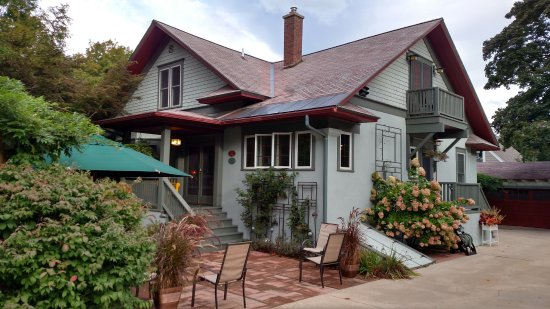Whitehall, MI: The patio and main entryway