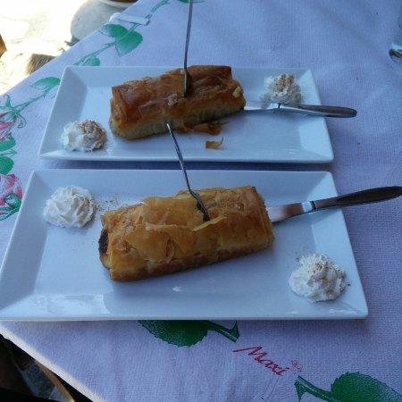Lasithi Mesa, Grecia: Taverna Skapanis