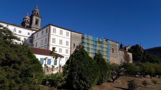 San Francisco Hotel Monumento: Klostergarten (mit Poolhaus = alte Wäscherei)