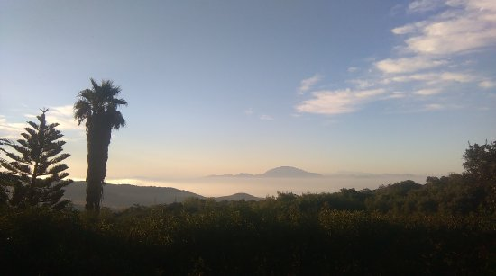 Huerta Las Terrazas : fantastic view from the casita, across the straits to morocco, africa at dawn.