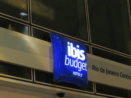 Hotel ibis budget Rio de Janeiro Centro: anuncio em sua entrada