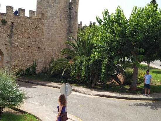 Alcudia Old Town : oldtown3.