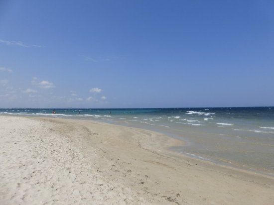 Spiaggia vicino a Torre Specchiolla