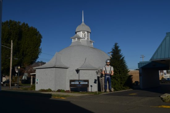 Coos County Logging Museum