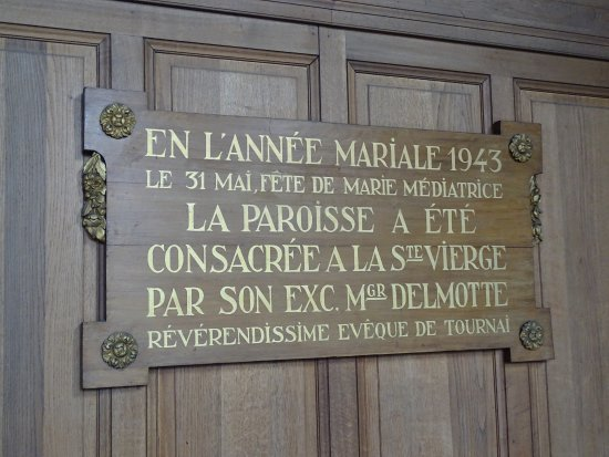 Tournai, Belgia: Dans l'église Saint Jean une plaque rappelle que la paroisse est consacrée a la Sainte Vierge