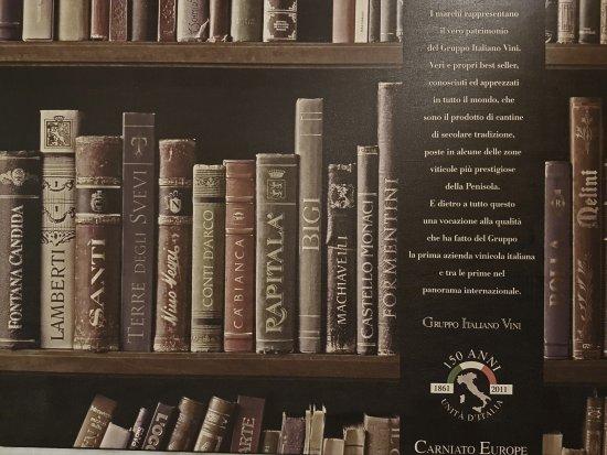 Plan De Cuques, Frankrike: Villa M La bibliothèque